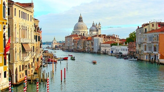 Gorgeous view of a canal in Venice